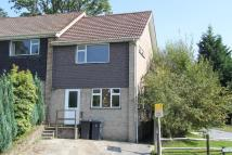 2 bedroom semi detached house in Harecombe Rise...