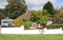 2 bedroom Detached Bungalow for sale in Medway, Crowborough