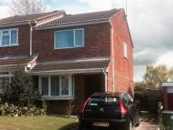 property to rent in Warner Close, Warwick...