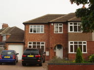 4 bedroom semi detached property to rent in Murcott Road East...