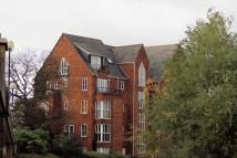3 bed Apartment in Sovereigns Quay, Bedford...