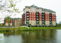 Flat to rent in Wheelwright House...