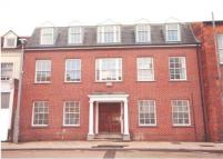 Apartment to rent in The Crescent, Bedford...