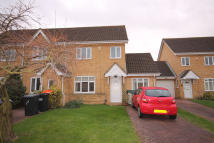 4 bed End of Terrace house in Pinsent Avenue, Bedford...