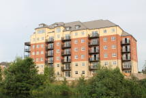 3 bedroom new Apartment in 125 Riverside House...