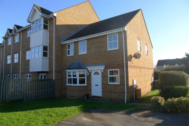2 Bedroom Cluster House To Rent In Biggleswade Bedfordshire Sg18