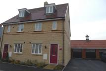 3 bed semi detached house to rent in Stotfold, Hitchin...