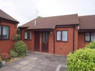 1 bedroom Semi-Detached Bungalow in Brownshill Court...