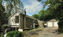 4 bed Detached property in Windmill Lane, Kerridge...