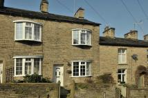 2 bedroom Terraced house in High Street, Bollington...