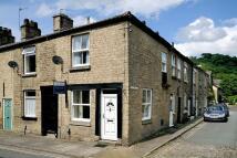 2 bedroom End of Terrace house for sale in Water Street, Bollington...