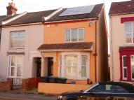 3 bedroom End of Terrace home to rent in Avenue Road, Gosport...