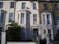 Vicarage Park Flat to rent