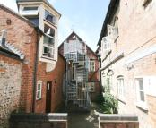 Flat to rent in East Street Chesham