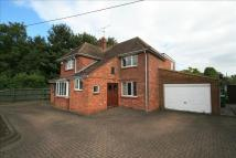 4 bed Detached property in Wendover Road...