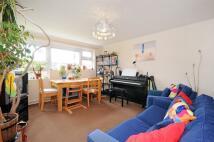 Apartment to rent in Ham Close, Richmond