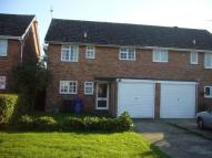 Sanderling Close semi detached house to rent