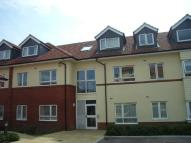 Flat in Oak Road South, Hadleigh...