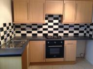 Flat to rent in London Road, Hadleigh...