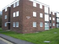 Flat to rent in Rayleigh Road, Hadleigh...