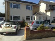 Ground Flat to rent in Shipwrights Drive...