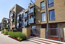 4 bed home in Tizzard Grove...