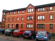 2 bedroom Flat in Gourlay Street, Glasgow...