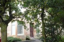 2 bed Flat to rent in Battlefield Crescent...