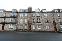Ground Flat to rent in South Street, Greenock