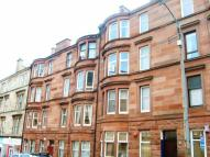 Flat to rent in Bolton Drive, Glasgow...