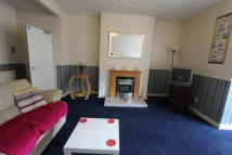 4 bedroom Flat in Ballindalloch Drive...