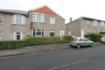 3 bed Ground Flat in Curtis Avenue, Glasgow