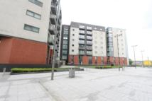 Meadowside Quay Walk Flat to rent