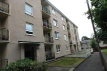 Flat to rent in Dodside Gardens...