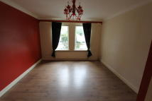 Flat to rent in Budhill Avenue...