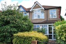 3 bed End of Terrace house for sale in Beckenham, BR3