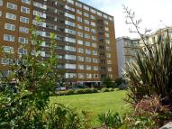 Flat to rent in Coombe Lea, Grand Avenue...