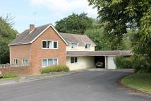 2 bedroom property in Tower Close, Horsham
