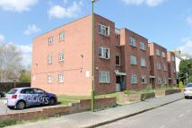 Flat to rent in Tintagel Court...