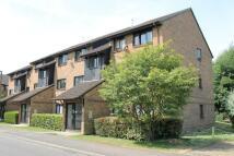 Flat to rent in Newbridge Close...