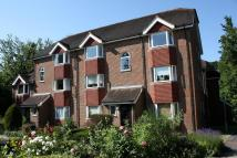 Flat to rent in Gladepoint, Heath Road...