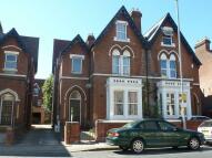 2 bedroom Flat to rent in Victoria Road North...