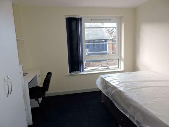 Bedroom area (Main)