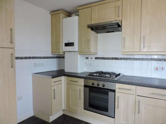 Kitchen - image 2