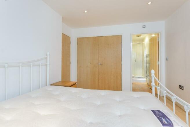Bedroom - En-suite