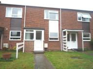 2 bed property in Camborne Road, Sutton
