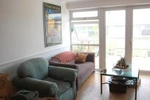 Apartment to rent in Upper Green West, Mitcham