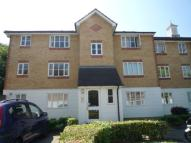 1 bed Flat to rent in Chipstead Close, Sutton