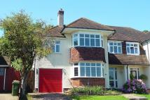 4 bedroom property to rent in Harbury Road, Carshalton