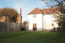 Flat to rent in Culvers Way, Carshalton